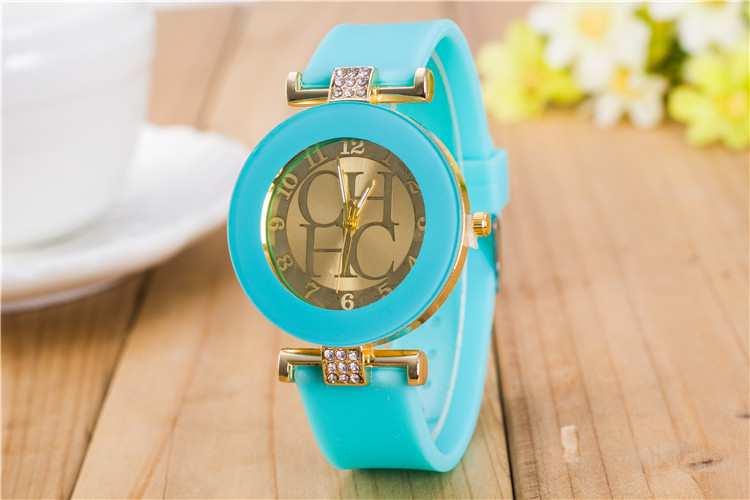 e7af6fc1644 Home   Bag   Accessories   Watches   2017 New Fashion Brand Gold Geneva  Casual Quartz Watch Women Crystal Silicone Watches Relogio Feminino ...